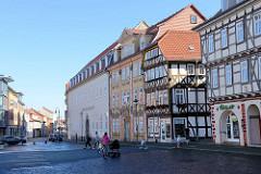 Historische Architektur am Untermarkt in Mühlhausen, Blick zum Gebäude vom Amtsgericht.