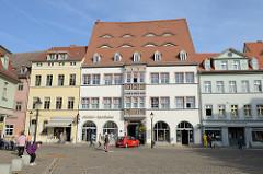 Historische, denkmalgeschützte Geschäftshäuser  / Wohnhäuser in der Altstadt am Holzmarkt von Naumburg