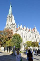 Sankt Marienkirche in Mühlhausen in der sich auch die Müntzer Gedenkstätte befindet. Die gotische Marienkirche wurde hauptsächlich im 14. Jahrhundert errichtet, der radikale Reformator Thomas Müntzer wirkte hier als Pfarrer.