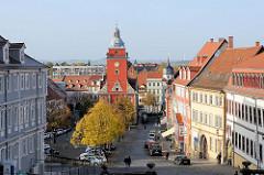 Blick vom Schlossberg auf den Rathausturm des historischen Rathauses von Gotha; erbaut um 1665  - Baumeister Rudolphi.