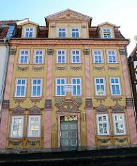 Ehemaliges Bürgermeisterhaus / Tilesius Haus am Untermarkt in Mühlhausen/Thüringen; aufwändig dekorierte Rokokofassade, erbaut 1729.