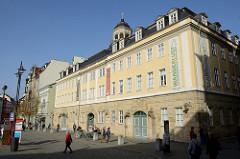 Blick auf das Stadtschloss am Markt von Eisenach.  Residenz der Herzöge von Sachsen-Eisenach und Sachsen-Weimar-Eisenach. Heute Nutzung durch Stadtverwaltung, Stadtarchiv und seit 1931 als Thüringer Museum.