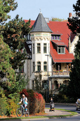 Erkerturm einer Jugendstilvilla in der Wartburg Allee von Eisenach.
