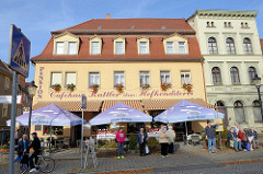 Café am Lindenring in Naumburg / Caféhaus, ehemalige Hofkonditorei.