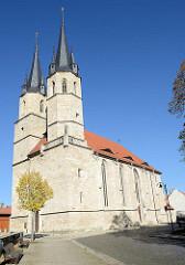 Gotische Jakobi Kirche in Mühlhausen, erbaut ab der 2. Hälfte des 13. Jhd. Profanierung 1832 - jetzt Nutzung als Stadtbibliothek
