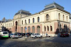 Historisches Marstall Gebäude beim Residenzschloss in Weimar, erbaut  1816 im Stil der Neurenaissance. Später sitzt der provisorischen Landesregierung, ab 1936 Nutzung als Thüringer Zentrale der Gestapo.