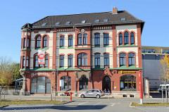Historisches Gründerzeitgebäude der Burgmühle in Mühlhausen jetzt unter anderem Nutzung als Geschäftshaus.