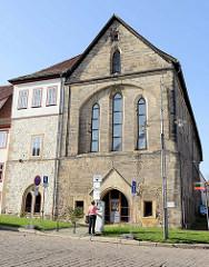 Die Predigerkirche in Eisenach wurde zu Ehren der Landgräfin Elisabeth um 1240 errichtet. Nach der Reformation wurde die Predigerkirche als Lagerraum genutzt. Ab 1899 wurde erfolgte die Nutzung des ehemaligen Kirchengebäudes als Museum.
