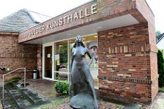 Eingang / Gebäude der Worpsweder Kunsthalle, erbaut 1919 und das älteste Ausstellungsgebäude im Ort.