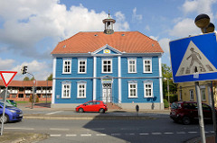 Altes Rathaus an der Poststraße in  Soltau, erbaut um 1827. Heutige Nutzung noch als Standesamt und Stadtarchiv.