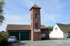 Altes Gebäude von 1940 der Feuerwehr in Burhave, Bauhof der Gemeinde Butjadingen.