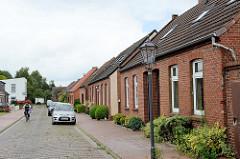 Schlichte Siedlungshäuser / Doppelhäuser in Wilhelmshaven.