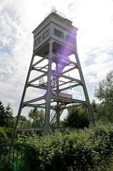Ehemaliger Signalturm in Wilhelmshaven; der  1935 errichtete Turm steht unter Denkmalschutz und wird jetzt als Ferienwohnung vermietet.