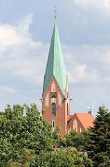 Kirchturm der Luther-Kirche in Soltau;  geweiht 1911 - Architekt  Eduard Wendebourg.