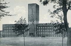 """Historisches Bild vom  Rathaus Wilhelmshaven, von Einheimischen liebevoll """"Burg am Meer"""" genannt. Ehemals Gebäude vom Rat der Stadt Wüstlingen, ab 1937 Rathaus der Stadt Wilhelmshaven."""