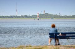 Blick von Eckwarderhörne / Halbinsel Butjadingen über den Jadebusen Richtung Wilhelmshaven.