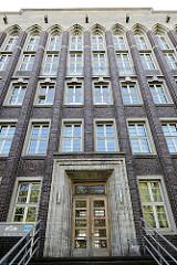 Backstein-Architektur in Münster - Gebäude vom Hansa-Berufskolleg.