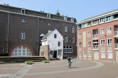 Alte + neue Wohngebäude am Misericordeplein in Maastricht; Kunstkwartier 6211.