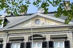 Historische Architektur am Vrijthof von Maastricht - Militärische Hauptwache.