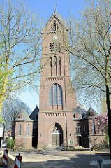 Katholische Onze-Lieve-Vrouw kerk / Kirche Unserer Lieben Frau der Unbefleckten Empfängnis in der  Sinselveldstraat  von Venlo; geweiht 1915 - Architekt Pierre Cuypers.