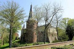 Schloss Horn am Ufer der Maas auf dem Weg nach Roermond.