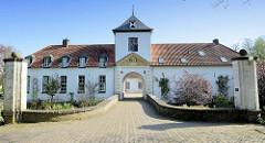 Schloss / Kasteel Nieuwenbroeck in Beesel, ursprünglich erbaut um 1560, umgebaut 18. Jahrhundert.