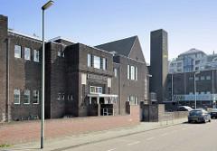 Expressionistische Backsteinarchitektur der Suringarschool im Franciscus Romanusweg von Maastricht; erbaut 1923 -  Architekten H.A.M. de Ronde und W. de Vrind