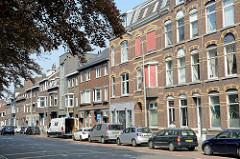 Mehrstöckige Wohnhäuser im Franciscus Romanusweg von Maastricht.