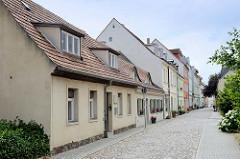 Alte Wohnhäuser in der Fischerstraße von Frankfurt/Oder - teilweise unter Denkmalschutz stehend.