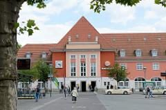 Empfangsgebäude vom Bahnhof Frankfurt / Oder, erbaut 1923