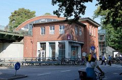 Gebäude vom U-Bahnhof Hamburg Volksdorf; erbaut 1918 - Architekt Eugen Goebel.