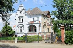 Fabrikantenvilla in der Herbert-Jensch-Straße von Frankfurt, Oder - errichtet 1899, Architekt  Georg Rathenau.