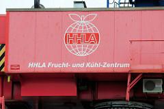 Logo vom HHLA Frucht und Kühlzentrum am Hansahafen / O'Swaldkai im Hamburger Hafenstadtteil Kleiner Grasbrook.
