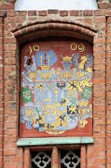 Historisches Wappen am Rathaus von Frankfurt/Oder, Jahreszahl 1609.