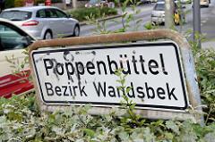 Stadtteilschild Hamburg Poppenbüttel, Bezirk Wandsbek an der Stadtbahnstraße.