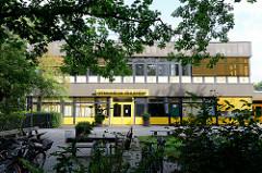 Gebäude vom Gymnasium Hamburg Ohlstedt.