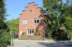Kulturdenkmal im Rabenhorst von Hamburg Wellingsbüttel, Gebäude errichtet um 1915.