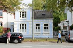 Einfamilienhaus in der Borsteler Chaussee im Hamburger Stadtteil Groß Borstel; erbaut um 1900 - das Gebäude steht als Kulturdenkmal unter Schutz.