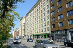Ehemalige Tabakfabrik / Georgsburg - errichtet 1910 an der Spaldingstraße 154 in Hamburg Hammerbrook. Von Oktober 1944 bis April 1945 wurde das Gebäude für 2000 KZ- Häftlinge als Außenlager des Hamburger KZ Neuengamme genutzt.