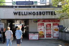 Eingang der S-Bahn-Station Hamburg Wellingsbüttel.