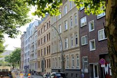 Historische Etagenhäuser in der Woltmannstraße von Hamburg Hammerbrook; erbaut um 1865 - Architekt u.a. Johann Heinrich Martin Brekelbaum.