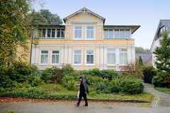 Wohnhaus / Villa im Fahrtskamp / Pinneberg.