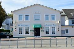 Historisches Gebäude eines Hotels, Restaurants in der Meiendorfer Strasse von Hamburg Rahlstedt; erbaut anno 1892.