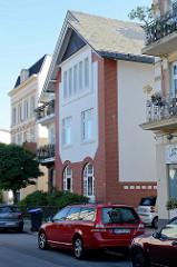 Denkmalgeschütztes Wohnhaus / Werkstattgebäude  in der Kanzleistraße von Hamburg Nienstedten.