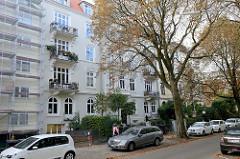 Kulturdenkmale in der Hansestadt Hamburg, denkmalgeschützte Etagenhäuser im Uhlenhorster Weg im Stadtteil Uhlenhorst.