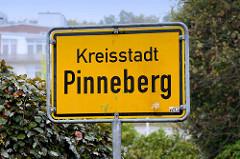 Ortsschild, Stadtteilgrenze der Kreisstadt Pinneberg.