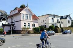 Historische Architektur  / Wohnhäuser in der Rahlstedter Straße,  Amtsstraße  im Hamburger Stadtteil Rahlstedt