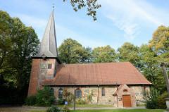 Kulturdenkmäler der Hansestadt Hamburg - denkmalgeschützte Alt-Rahlstedter Kirche, urkundlich erwähnt erstmals 1248.
