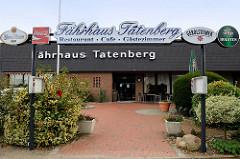 Eingang vom Fährhaus Tatenberg, Gasthaus in der Nähe der Dove Elbe im Hamburger Stadtteil Tatenberg.