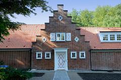 Denkmalgeschütztes Wohnhaus in Hamburg Nienstedten, erbaut 1923 - Architekt Walther Baedeker.